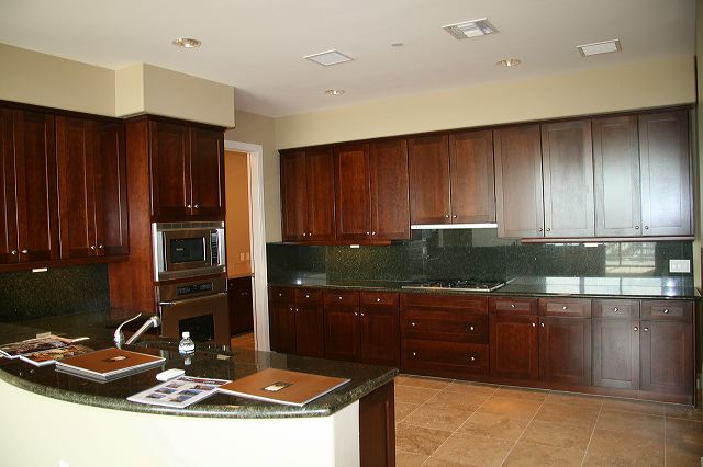Kitchen 2211 camelback condos