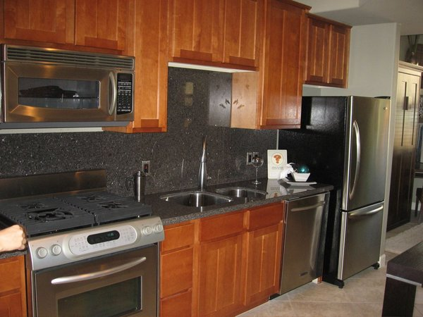 Kitchen area brownstones at the hyde park brownstones