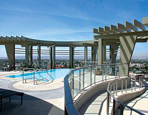 Pool esplanade place condos