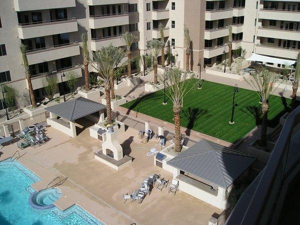 Courtyard pool northshore condos