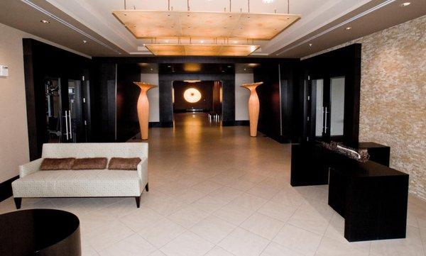 Lobby plaza lofts at kierland lofts