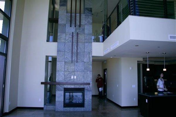 Lobby portland place condos