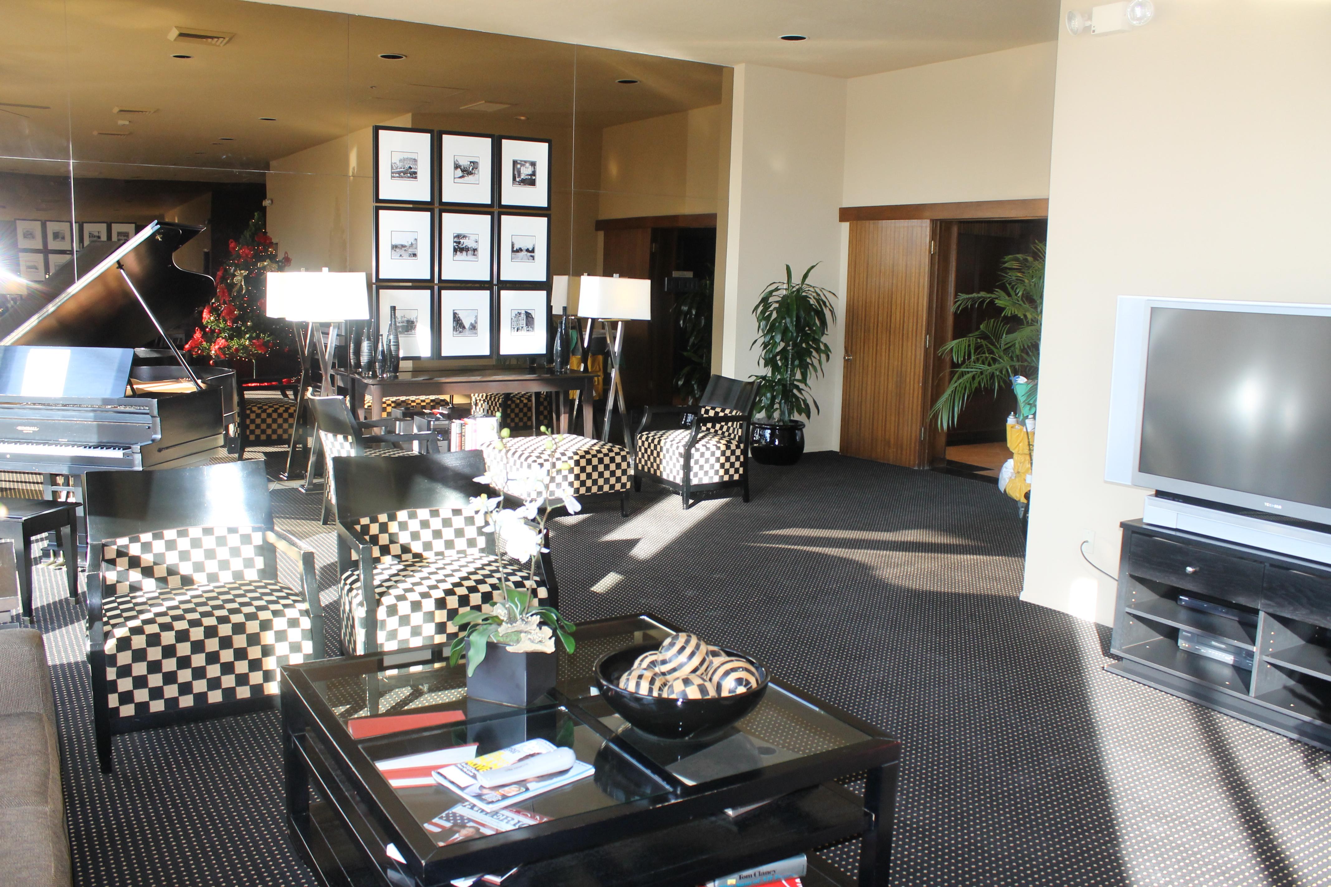 Interior 2 regency condos