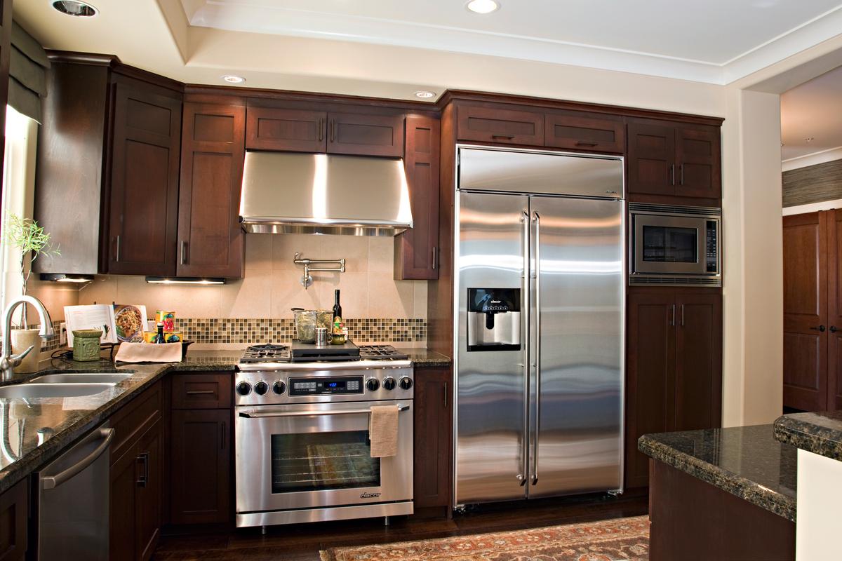 Kitchen area sage condos