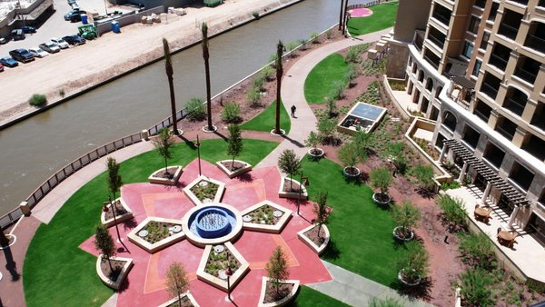 Courtyard scottsdale waterfront condos